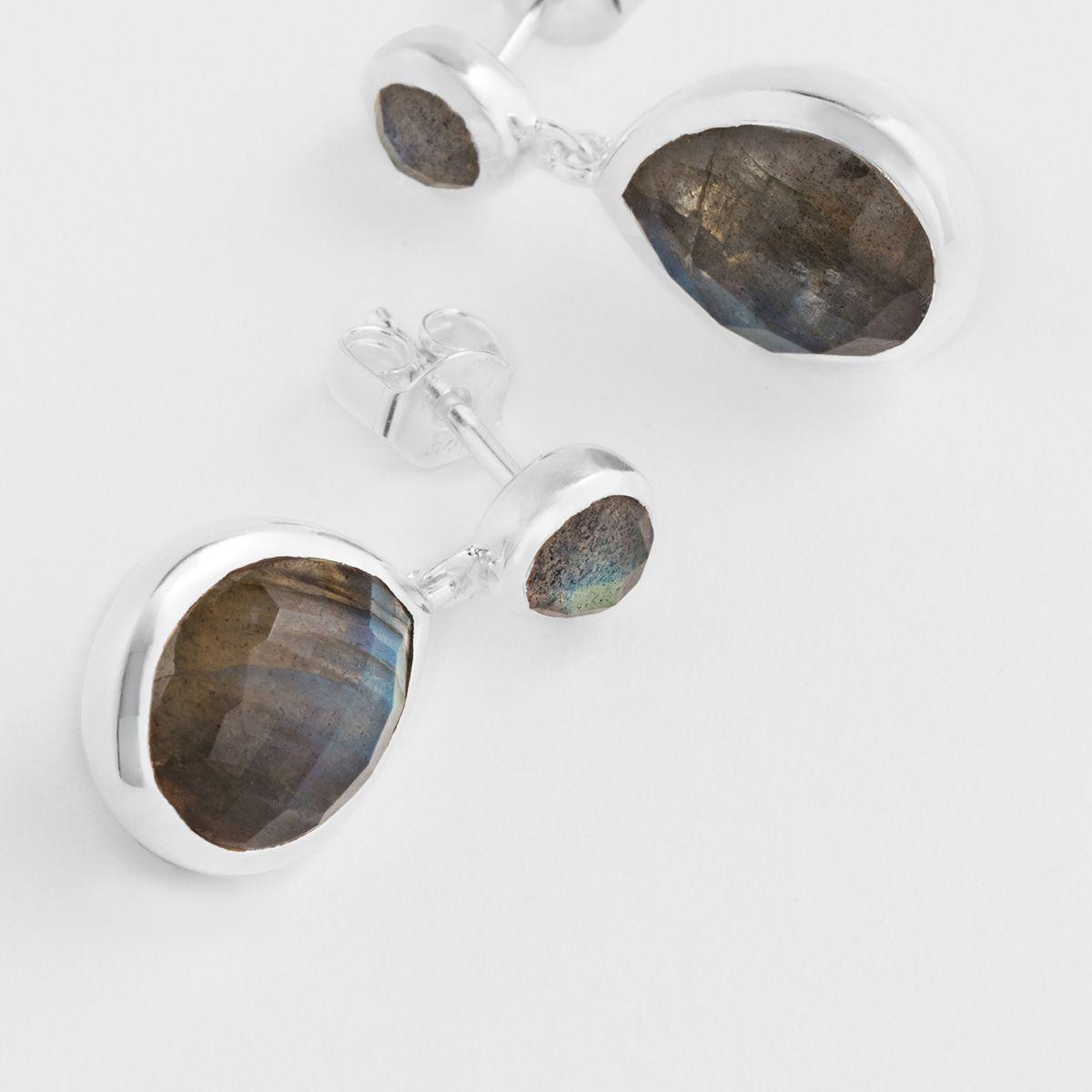 Drop-shaped labradorite - Ohrstecker - Grau