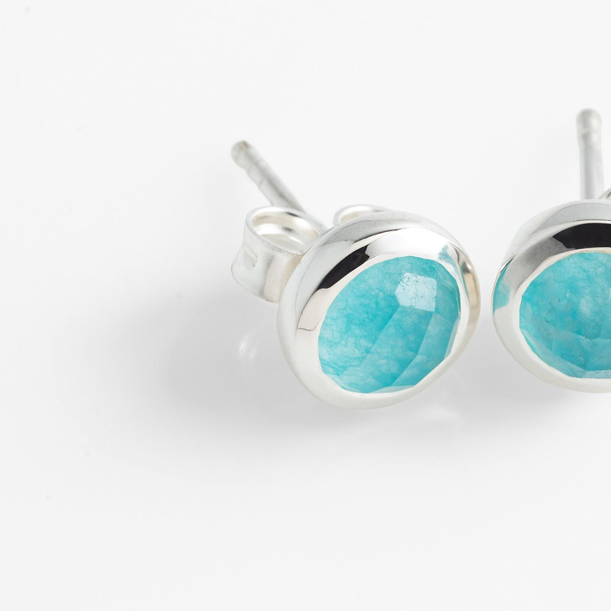 Faceted agate - Ohrstecker - Aqua