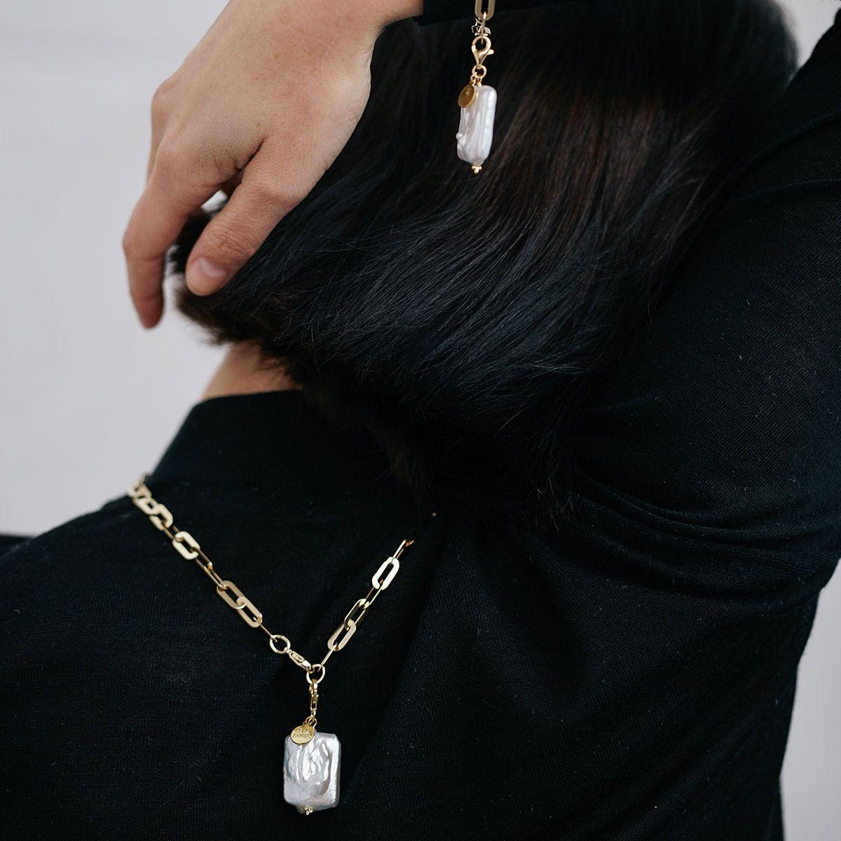 Carla - Kettenanhänger - Gold