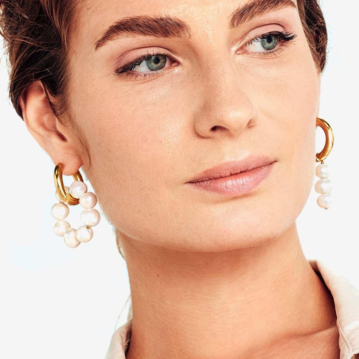 Mismatched pearl earrings - Perlenohrringe - Gold